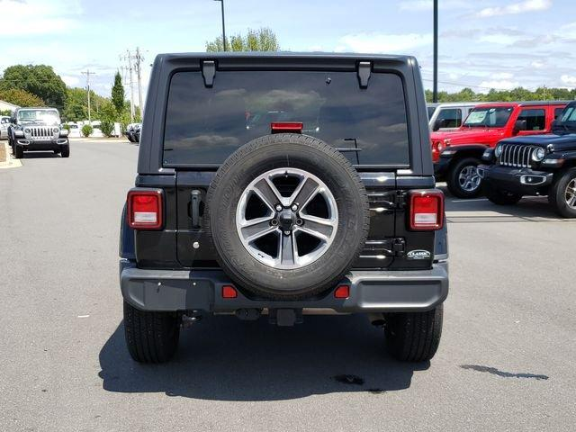 Certified Pre-Owned 2018 Jeep Wrangler Unlimited Sahara 4x4