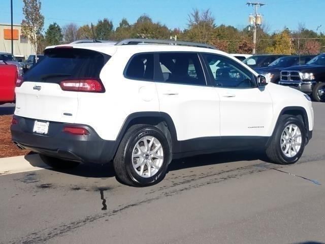New 2017 Jeep Cherokee Latitude 4x4