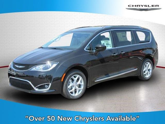 New 2017 Chrysler Pacifica Touring-L Plus FWD