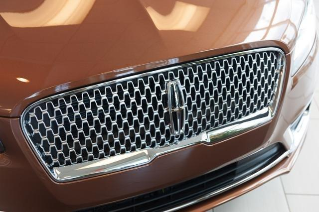 New 2018 Lincoln MKZ Black Label FWD