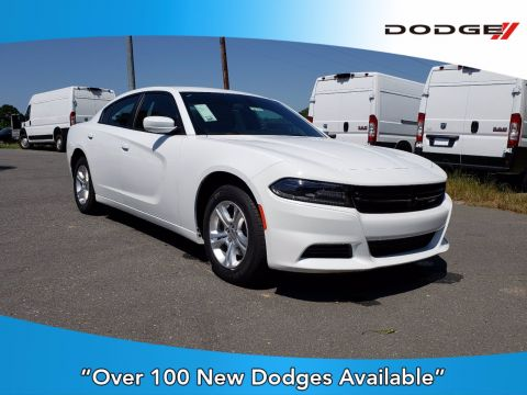 New 2019 Dodge Charger SXT RWD 4dr Car